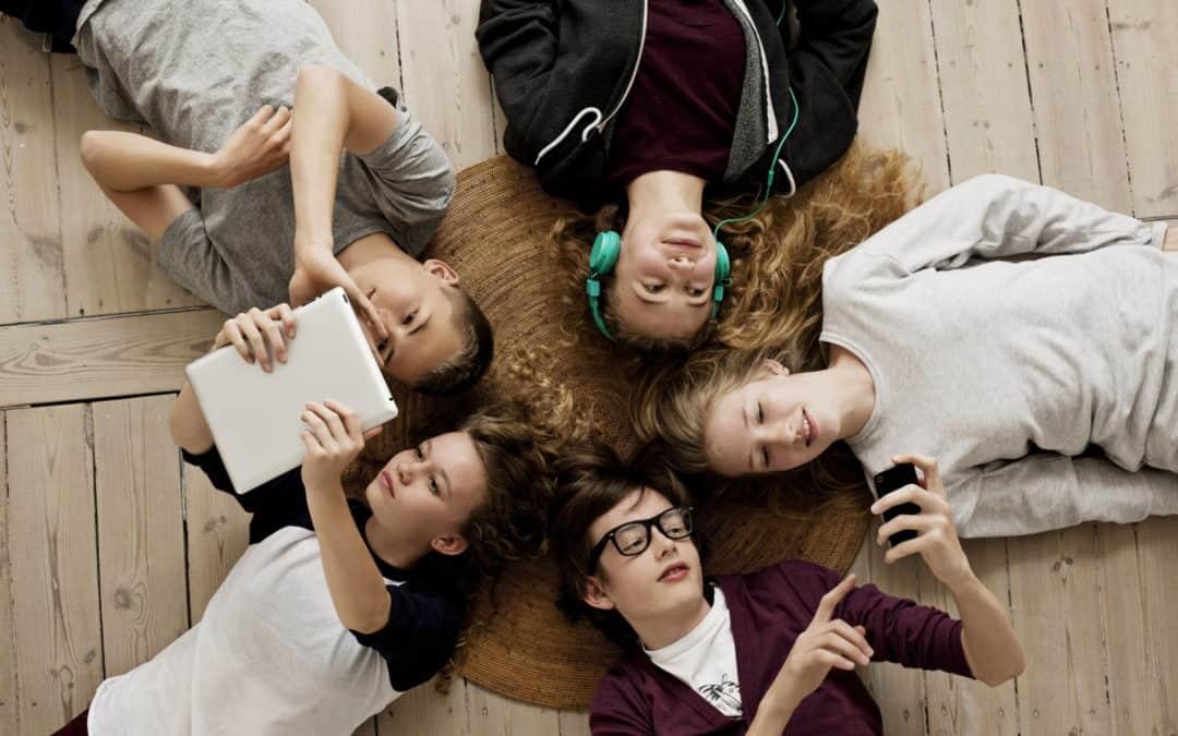 Social media e mondi virtuali nell'adolescente oggi: spazio potenziale… rifugio della mente?